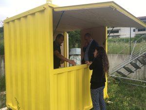 Mobile kiosk gallery